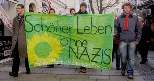 Schöner leben ohne Nazis - Demo am 15.12.2008 in Passau