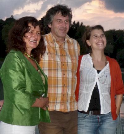 Abschlussfoto (von links): Maria Wageneder, Boris Burkert, Maria Anneser
