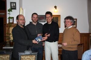 Foto v.l.: Eike Hallitzky, MdL, Stephan Bauer, Stadtrat, Dr. Andreas Meißner, Autor, Dr. Thomas Kreideweiß, Kreisrat