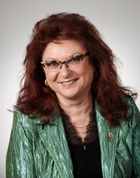 Erika Träger, Platz 1